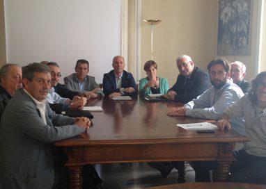 L'opposizione organizza un Consiglio Comunale alternativo per protesta