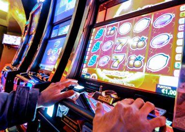 Gioco d'azzardo, 250 locali dovranno far sparire le slot
