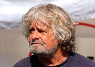 """E Grillo ha già cancellato Pizzarotti dal M5S: """"Pericoloso è del Pd"""""""