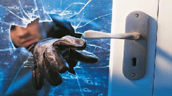 Collecchio, ladri in pieno giorno trovano la cassaforte con il detector