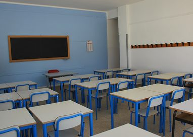 """""""Eremiti sociali"""": 19 alunni lontano dalle scuole a Parma"""