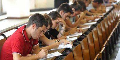 Milano, esami di ammissione alla facoltà di medicina, test di ingresso numero chiuso università al Politecnico di Milano. Gli studenti in aula