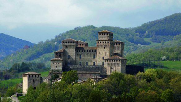 Riapertura domenicale per il castello di Torrechiara