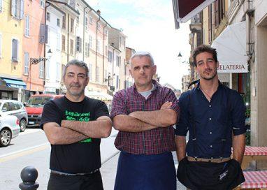 La tortellata di San Giovanni, per siglare pace tra residenti e locali