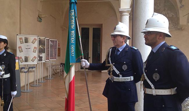 Si festeggia il 195° Anniversario della Polizia Municipale.