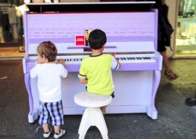 """""""SUONAMI"""" IN CENTRO,PER TRE GIORNI, PIANOFORTI A DISPOSIZIONE DI TUTTI"""
