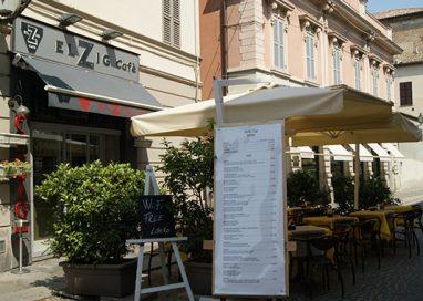 Centro storico nel mirino: furto all'Elzig Cafè