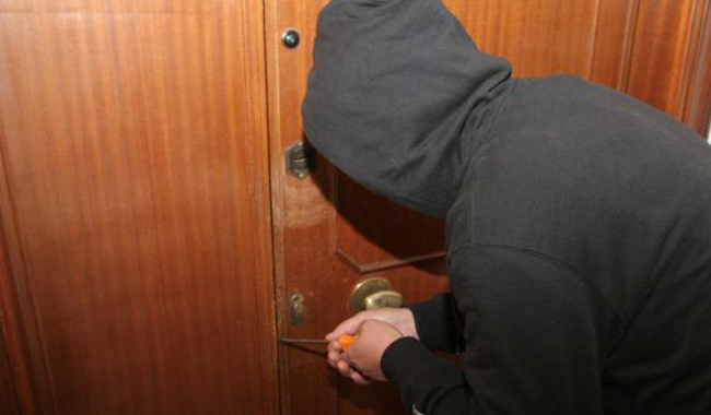 Ladri in azione a Mariano: svaligiate quattro villette