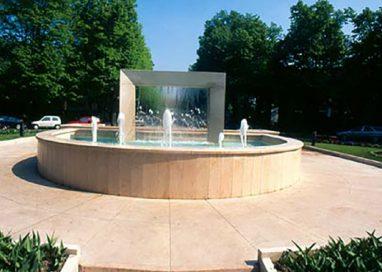 La fontana di piazza del Popolo si trasformerà in una fioriera