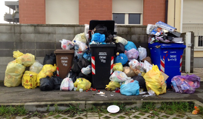 """Immondizia abbandonata: arrivano i """"velox"""" dei rifiuti!"""