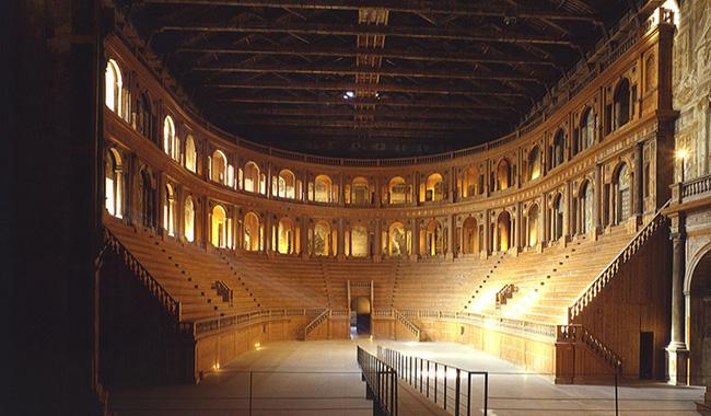 Teatro Farnese, quattro putti del 1600 tornano al loro posto!