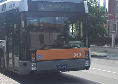FURTO SUL BUS. ARRESTATA 23ENNE