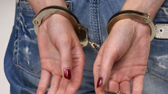 Perseguita un calciatore e inventa una gravidanza: 32enne condannata