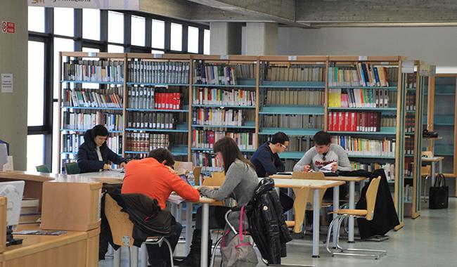 """""""Le biblioteche di Parma devono ripartire dopo anni di crisi"""""""