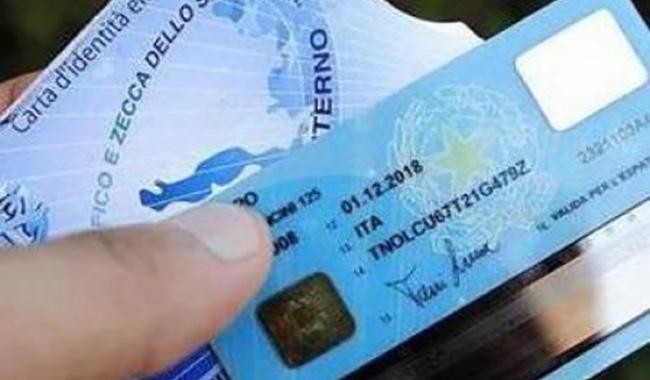Da novembre solo carte d'identità elettroniche