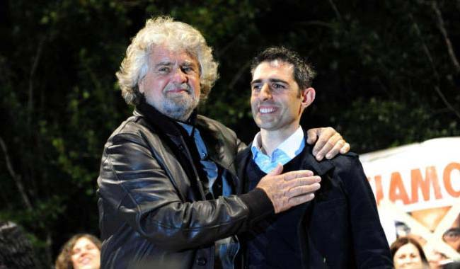 Grillo spinge Pizzarotti verso una Lista Civica