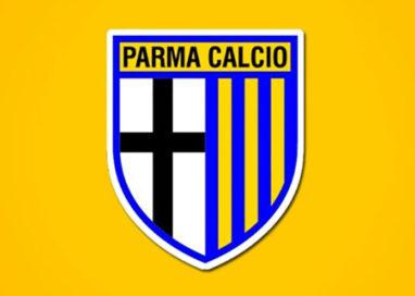 Sulle maglie del Parma torna lo storico scudo gialloblù-crociato
