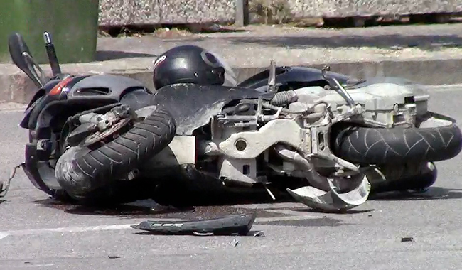 Non si placa la scia di incidenti: motociclista in fin di vita
