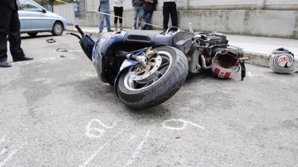 Incidenti in scooter: due feriti gravi