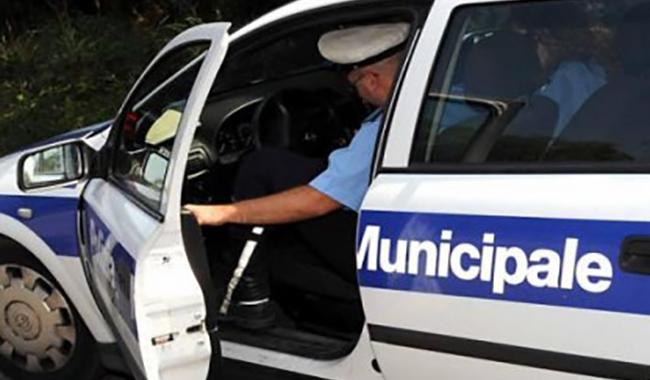 Incidente in via Buffolara. Auto fugge, ma testimone vede tutto