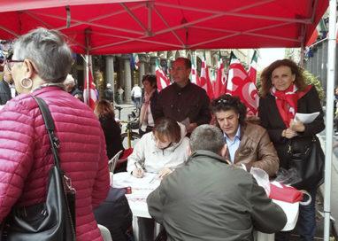 A Parma certificate oltre 18mila firme per i 4 referendum di #Scuorum