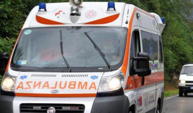 Ancora incidenti stradali in città: investito un pedone sul Lungoparma