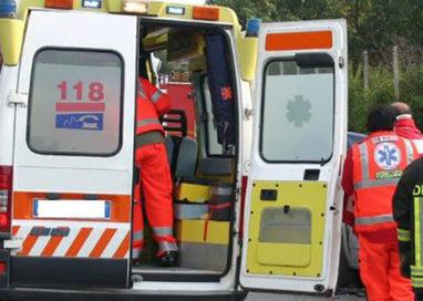 70enne investito in via Trento, trasportato d'urgenza al Maggiore
