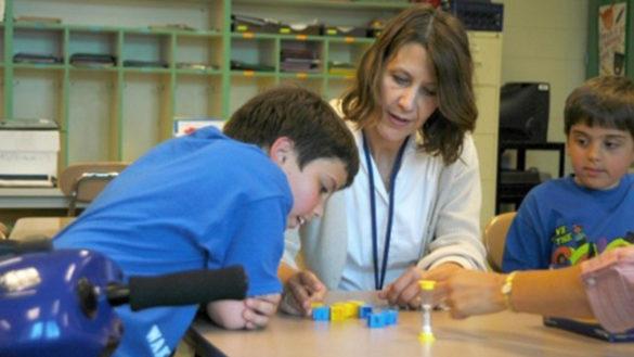 Servizio disabili nelle scuole. Rinnovo di un anno per Ancora e Aldia