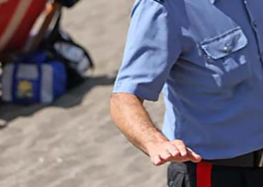 Parmigiana ruba in spiaggia a Rimini, arrestata