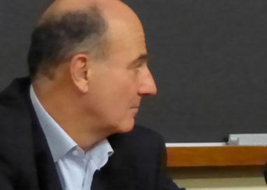 """Paolo Scarpa: """"Invito Pizzarotti ad un dibattito cittadino"""""""