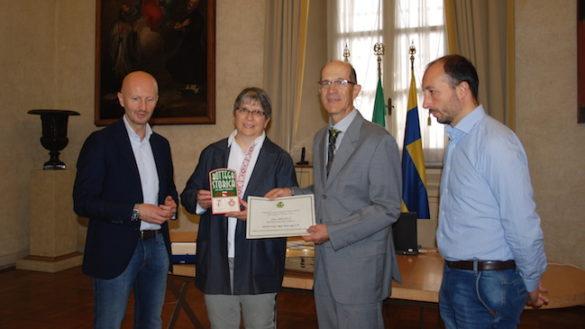 Foto Medici, premiata come Bottega Storica della città