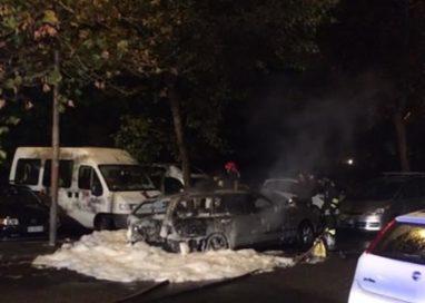 Via Sidoli, a fuoco auto titolare impresa edile. Indagini in corso