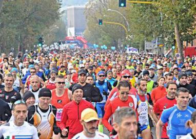 Parma Marathon, muore corridore di 49 anni. L'amico è grave