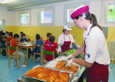 Mense scolastiche: menu etnici e quanto mangiare, la scelta ai vostri figli