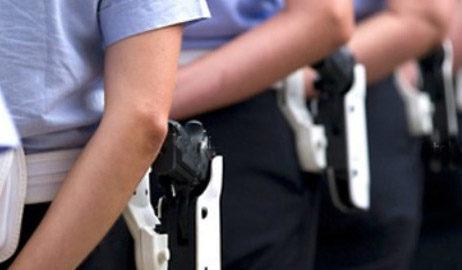 Sicurezza: in arrivo 15 poliziotti, ma nessun presidio dell'esercito in stazione