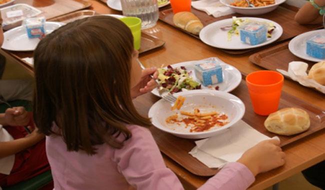 """""""Portare il pasto a scuola, perché i bambini di Parma non possono?"""""""