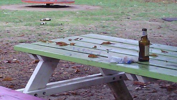 Parco Falcone Borsellino, tolte le panchine usate per il tiro a segno