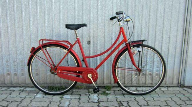 Lite tra extracomunitari: recuperate tre bici rubate