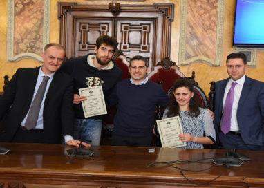 Premiati in Comune gli atleti Luca Vettori e Giulia Ghiretti