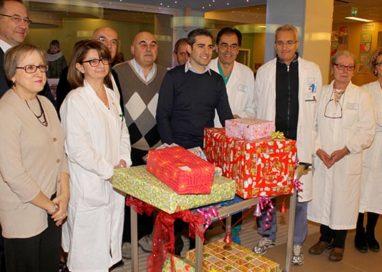 Santa Lucia arriva all'Ospedale dei Bambini