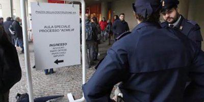 Al via il processo di 'Ndrangheta 'Amelia' con udienza preliminare a porte chiuse in un'aula allestita nei padiglioni della Fiera d Bologna e 219 imputati, 28 ottobre 2015.ANSA/GIORGIO BENVENUTI