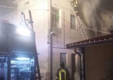 """La """"Tribù del Cucu"""" prova a rinascere dopo l'incendio"""