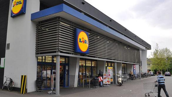 Furto al supermercato Lidl di via Venezia