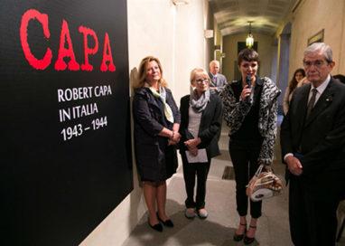"""""""Robert Capa in Italia 1943-44"""", prorogata la mostra che racconta lo sbarco degli Alleati"""
