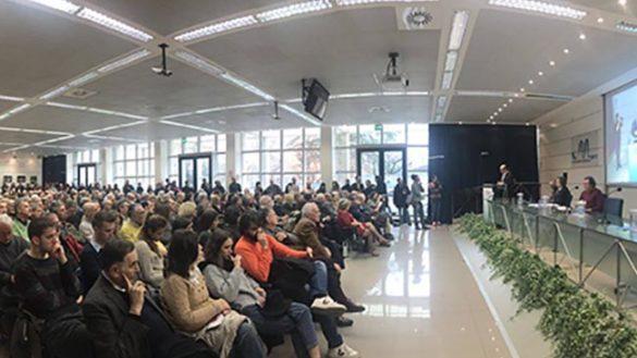 """Paolo Scarpa: folla alla sua """"prima"""" convention elettorale"""