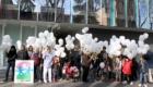 100 palloncini in volo nel cielo di Parma