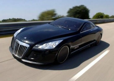 Traffico internazionale di auto di lusso, 20 imputati a Parma