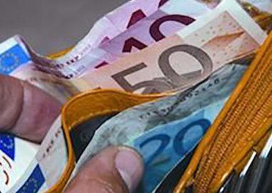 Trasfertista pugliese trova e consegna portafoglio con 2.000 euro