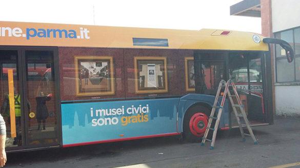 """""""In arrivo i bus coperti di infografiche sui servizi del Comune"""""""