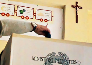 Giudice: no crocifisso nei seggi elettorali